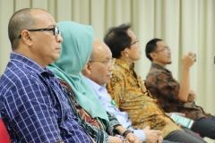 kerabat dekat Sdr Habib saat menyaksikan sidang senat terbuka