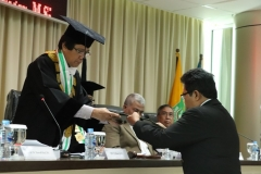 pemberian ijazah kepada Sdr Habib dari Prof. Dr. Kausar AS, M.Si,