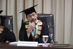 Penguji Sidang Doktoral (Prof. Dr. Syarif Hidayat, MA)
