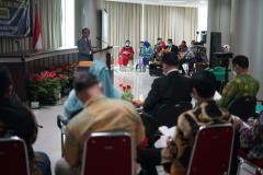 Sidang promosi doktor bidang ilmu politik Dr. Drs. Ganjar Razuni, S.H., M.Si pada Jumat. 27 Agustus 2021.JPG