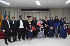 foto bersama tamu undangan dan keluarga dari sdr. Teddy Suratmadji
