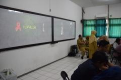 Sosialisasi HIV-AIDS di UNAS (2)