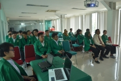 Sosialisasi kurikulum berbasis KKNI, SNPT & SKPI, SKPM Bagi Dosen & Mahasiswa AKPARNAS (4)