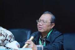 Kepala Biro Administrasi Keuangan Dr. Suharyono, M.Si saat memaparkan materi