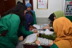 Suntik Difteri yang ke-2 di UNAS (7)