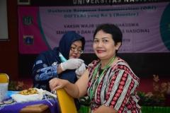 Suntik Difteri yang ke-3 di UNAS (4)