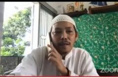 Ketua PPI Unas, Dr. Fachruddin Mangunjaya sedang memaparkan materinya dalam talkshow