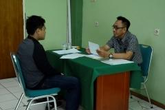 Saat tes Wawancara kepada calon mahasiswa (2)