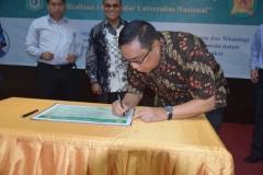 Penandatanganan Komitmen realisasi 140 standar universitas nasional 2