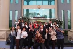 Foto bersama tim peradilan semu fakultas hukum unas saat perlombaan mood court tingkat nasional di universitas lampung