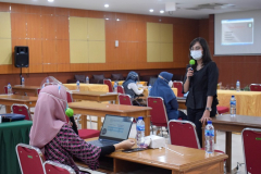 Kegiatan diskusi saat Training Public Speaking bertempat di Aula Universitas Nasional pada Senin, 8 Maret 2021