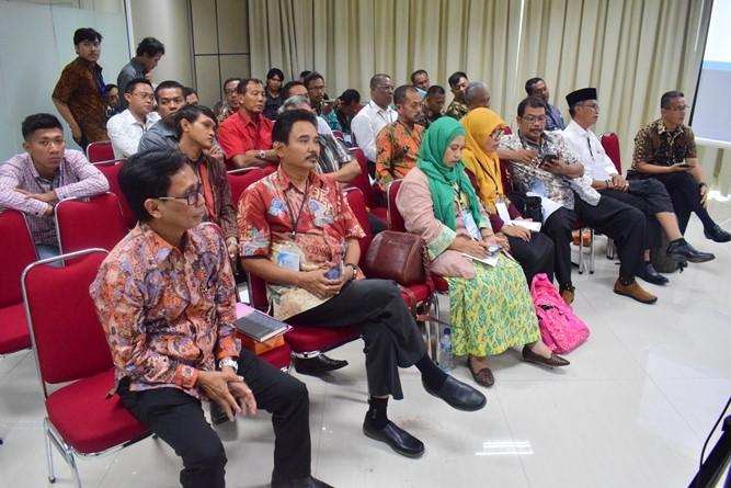 Para Audience (2)