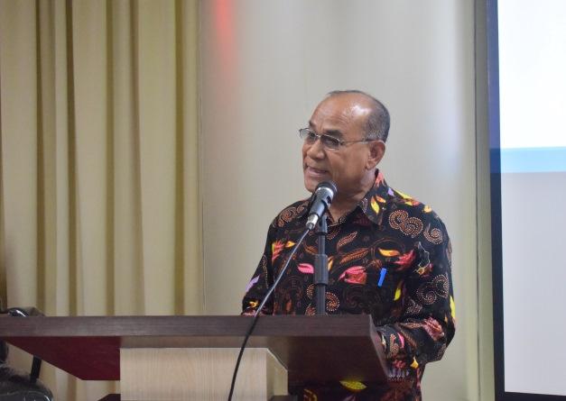 Rektor Universitas Nasional Dr El Amry Bermawi Putera, MA sedang menjelaskan tentang peluang bekerja di Korea