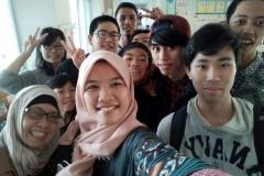 Unas_ Foto bersama teman - teman