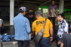 Pelacakan Narkoba oleh BNN di Area Kantin