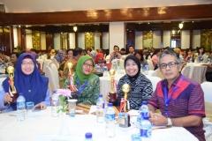Unas meraih penghargaan dari kemenristekdikti (2)