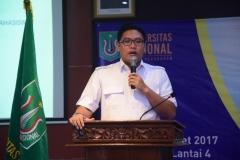 Salah satu pembicara dalam pelatihan kewirauswahaan