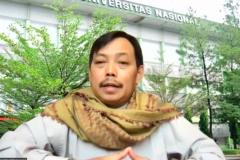 """Ketua PPI Unas Dr. Fachruddin M. Mangunjaya, M.Si., dalam diskusi dengan topik """"Urgensi Krisis Iklim dan Peran Muslim"""" yang diselenggarakan oleh @ecodeen.id pada hari Minggu, 11 April 2021"""