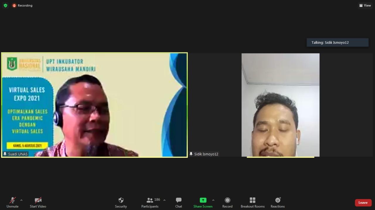 Pembicara Sidiq Ismoyo selaku Ketua HIPMI PT Unas sedang memaparkan materinya dalam kegiatan Virtual Sales Expo 2021
