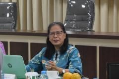 Prof. Dr. Yosephine Sri Wulan M.M.Si. dari UNAIR  selaku asesor dalam akreditasi