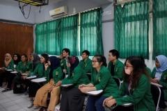 para mahasiswa bahasa Korea usai diwawancarai oleh asesor
