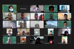 Para peserta yang mengikuti kegiatan webinar