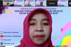 Dr. Fauziah, S.Kom., MMSI. selaku Wakil Dekan FTKI Unas sebagai Moderator pada kegiatan Webinar Holistic Human Developement sebagai rangkaian Yudisium Series semester ganjil 2020/2021