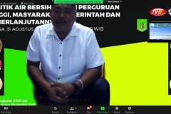 Ketua BPAB Tirta Hurip, Cibodas, Lembang, Bandung Barat, Tatang Mulyana selaku narasumber sedang memaparkan materinya dalam Webinar Politik Air Bersih: Peran Perguruan Tinggi, Masyarakat, Pemerintah dan  Keberlanjutannya.