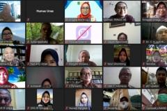 "Foto bersama dalam webinar yang diadakan PPM-Unas dan PERAGI Komda DKI dengan tema ""Pengelolaan Lingkungan Berbasis Keanekaragaman Hayati dan Permaculture untuk Mendukung Kehidupan Ekosistem yang Berkelanjutan"" pada hari Jumat, 11 Juni 2021"