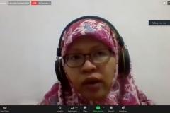 Pemberian materi oleh Dosen Bahasa dan Kebudayaan Jepang Universitas Al-Azhar Indonesia, Nina Alia Ariefa, S.S., M.Si,