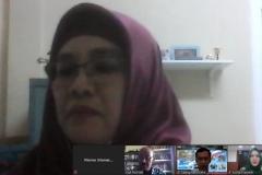 Pembicara webinar Dr. Sufyati H.S S.E. M.M. sedang memberikan materinya