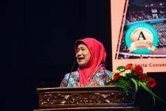 Dr. Ir. Illa Sailah, M.S (Kordinator Kopertis Wilayah III )