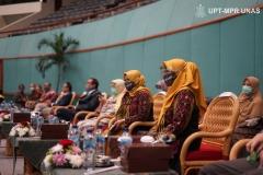 Para tamu VVIP yang hadir dalam Wisuda Pascasarjana, Sarjana, Profesi, Diploma Universitas Nasional, dan akademi-akademi Nasional  periode I tahun akademik 2019/2020 di Jakarta Convention Center (JCC), Senayan pada Sabtu, 28 November 2020