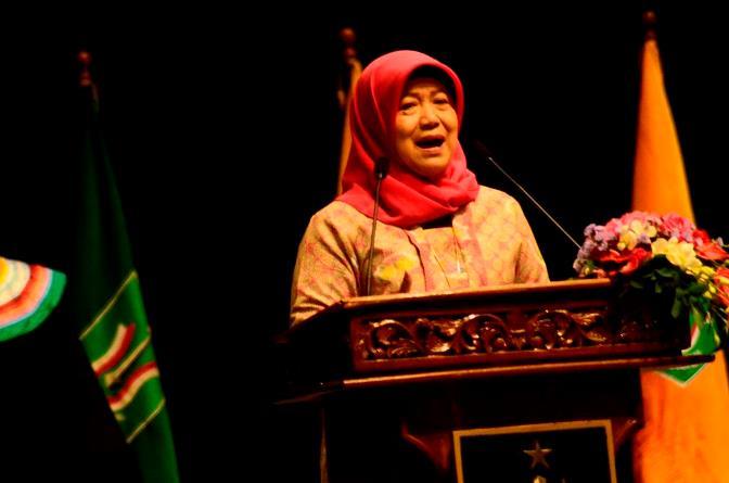 Koordinator PTS Wilayah III Jakarta_Dr Ir Illah Saillah memberikan pidato di wisuda UNAS 2 oktoober 2016