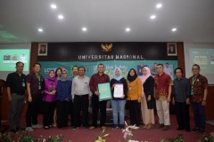 foto bersama para dosen dan panitia workshop