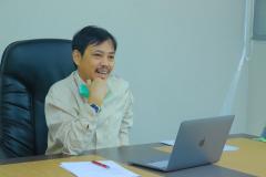 Ketua PPI Unas Dr. Fachruddin M. Mangunjaya dalam kegiatan Workshop Partisipatif Studi Evaluasi Proyek HBCC (Hygiene Behavior Change Coalition) di Indonesia yang diselenggarakan oleh PPI Unas pada hari Kamis, 15 April 2021