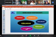 Materi oleh Guru Besar Fakultas Hukum UNHAS, Prof. Dr. Irwansyah, S.H., M.H., dalam kegiatan Workshop Pengelolaan & Akreditasi Jurnal Ilmiah pada hari Senin, 5 Juli 2021