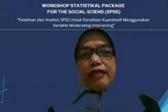 Sambutan Wakil Dekan FEB UNAS Dr. Rahayu Lestari, S.E., M.M., sekaligus Pemateri dalam Workshop SPSS yang diselenggarkaan oleh Himpunan Mahasiswa Jurusan Akuntansi UNAS pada hari Kamis, 29 Juli 2021
