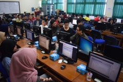 "Peserta International Certification ""Software Development Fundamentals"" di Lab. Jaringan Komunikasi Blok IV lantai 4 UNAS, Kamis-Sabtu (2-4/5)"