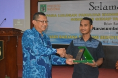 Yudisium Fakultas Ekonomi Tahun Akademik 2017-2018 (6)