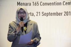 Dekan Fakultas Ilmu Kesehatan  Dr. Retno Widowati, M.Si