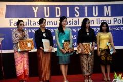 UNAS_Yudisium FISIP 5