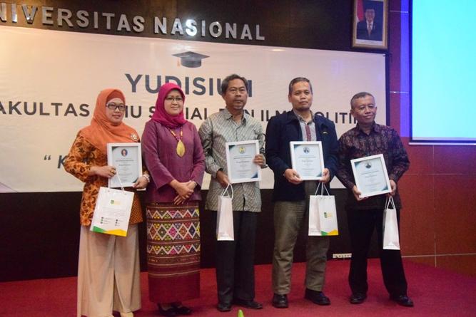 Yudisium Fisip 2017 (11)
