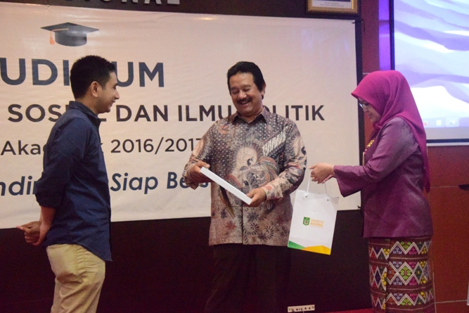 Yudisium Fisip 2017 (7)