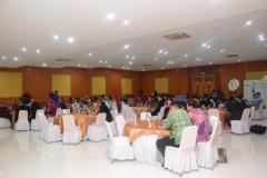 Para peserta saat mendengarkan pemaparan dari pembicara