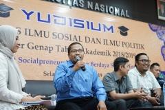 Talkshow dengan alumni pada acara Yudisium Fakultas Ilmu Sosial dan Ilmu Politik di Aula Blok 1 lantai 4 UNAS, Selasa (10/9)