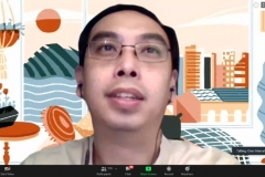 Penyampaian materi oleh Vice President of Data Science Investree, Ones Marsali, .S.Si.