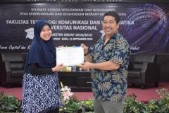 pemberian penghargaan kepada lulusan terbaik sefakultas