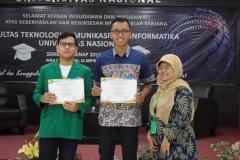 pemberian sertifikat kepada lulusan terbaik prodi (3)