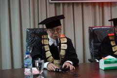 Wakil Direktur Sekolah Pascasarjana Universitas Nasional Dr. Firdaus Syam, M.A., Ph.D., dalam Yudisium Magister Hukum Sekolah Pascasarjana Universitas Nasional pada hari Sabtu, 19 Juni 2021